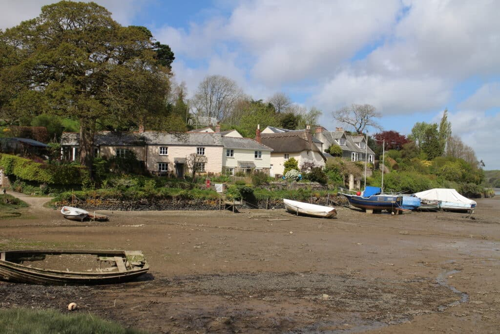 Malpas to St Clement Walk - Arriving on the Tresillian River