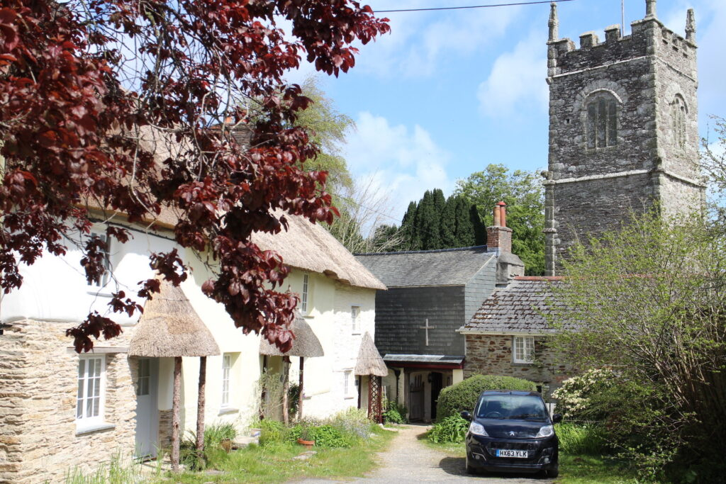 Malpas to St Clement Walk - St Clement Church