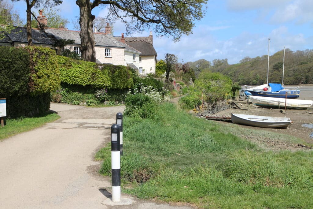 Malpas to St Clement Walk - River Front at St Clement